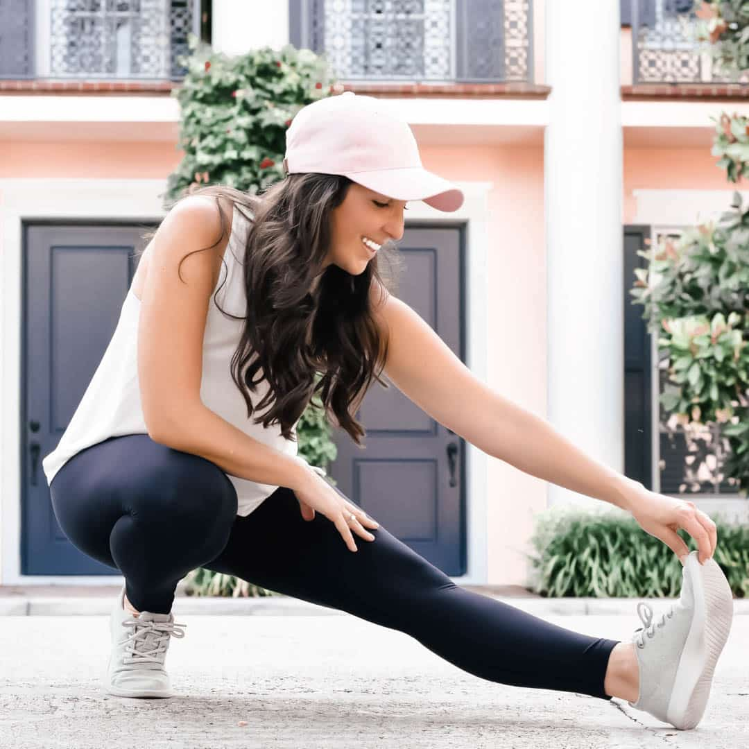 How To Eat & Work Out During Each Phase Of Your Menstrual Cycle, cycle syncing, foods for your cycle, diet for your cycle, workouts for your cycle, #menstrualcycle, #cyclesyncing, #womenshealth, #womensissues