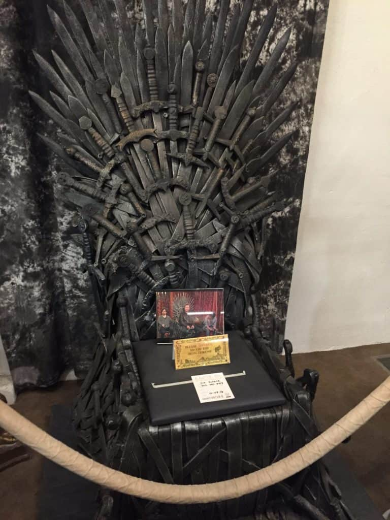 warner bros studio deluxe tour conan iron throne