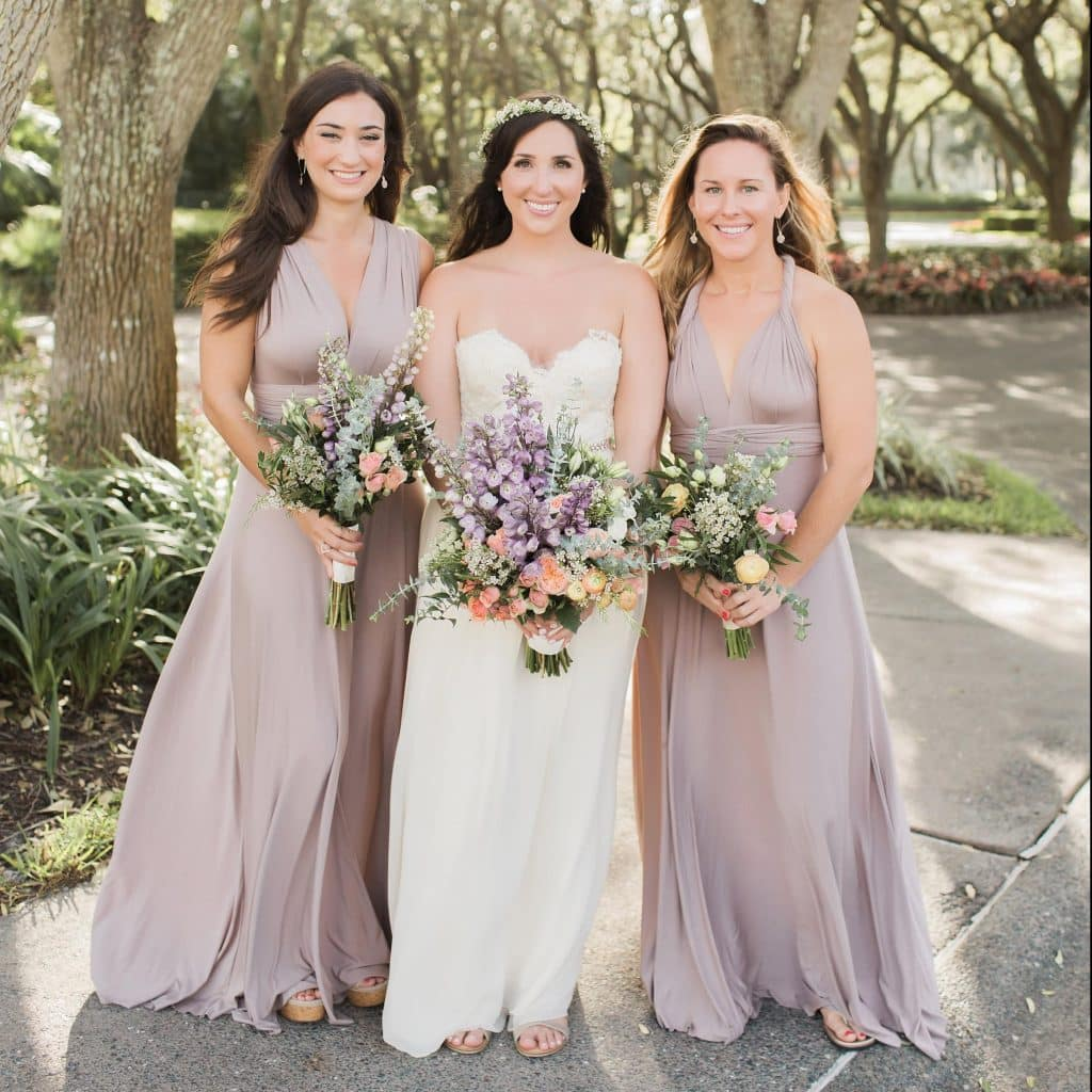 Looking for bridesmaids gifts? Here are 3 Tips for choosing What To Get Your Bridesmaids - The confused millennial