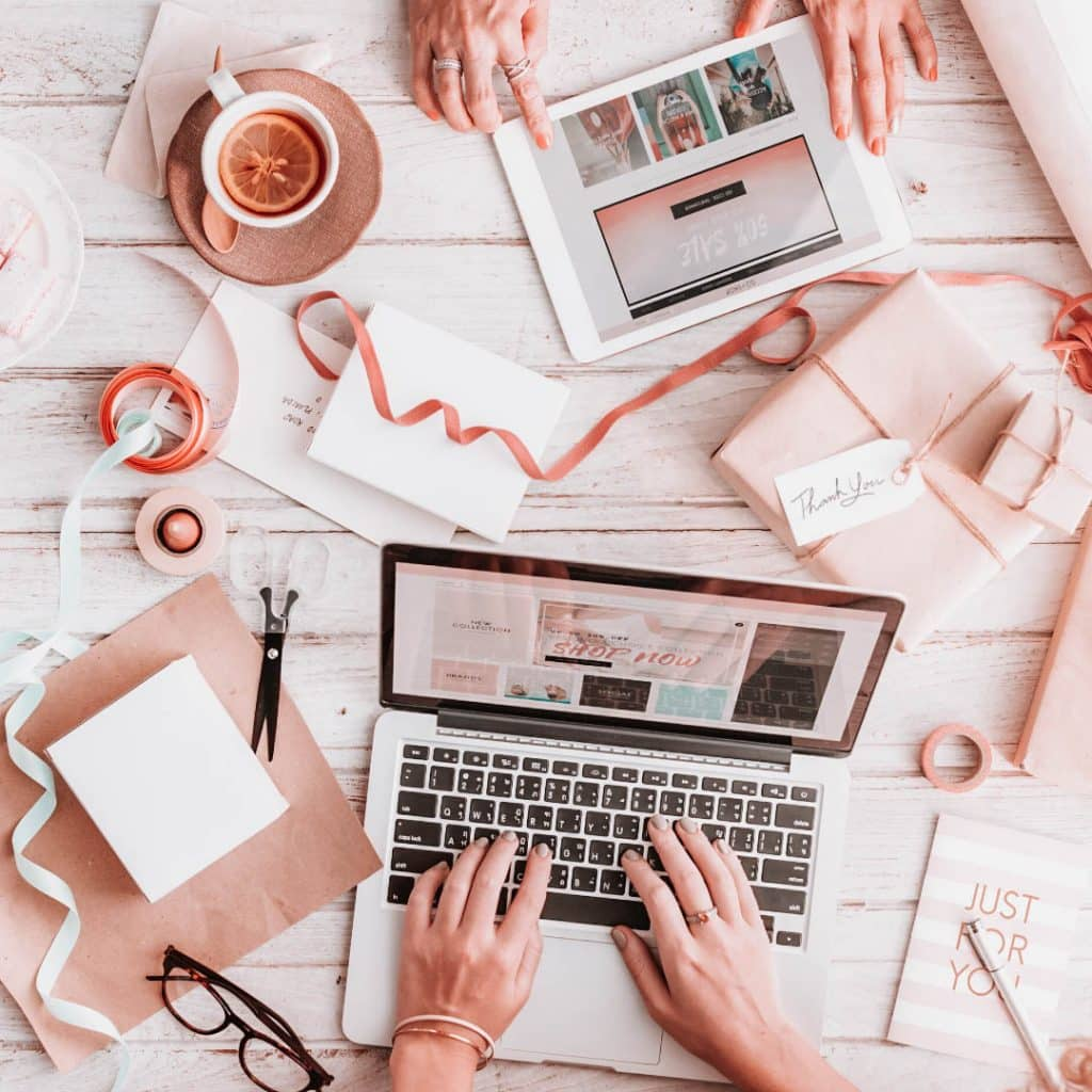 list of pinterest group boards for bloggers to join, tips for how to use pinterest group boards, #pinteresttips, #pinterestmarketing, #pinterestgroupboards, #listofpinterestgroupboards