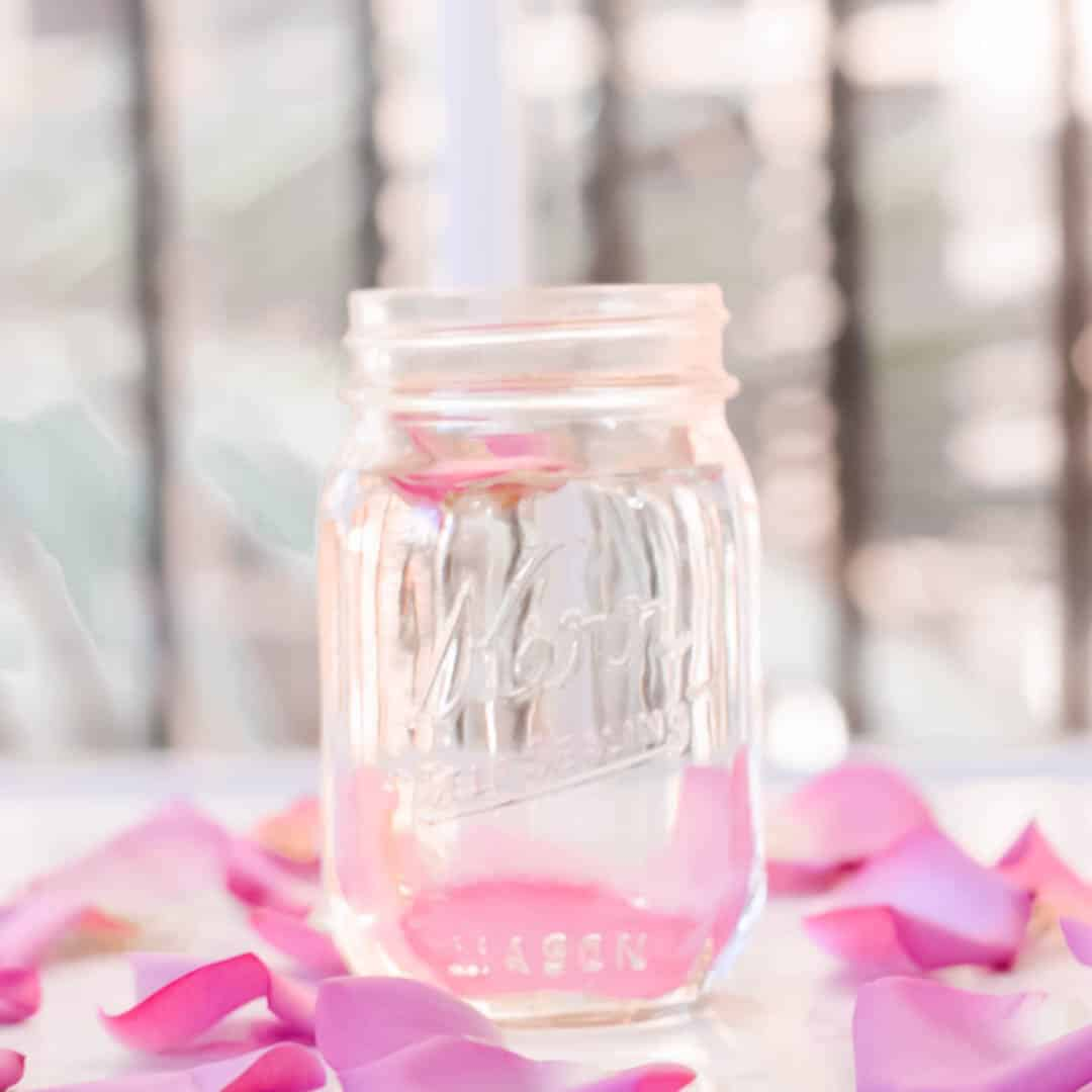 rose water benefits, diy, rose water recipes, rose waters uses products, #rosewater, #rosewaterdiy, #rosewateruses