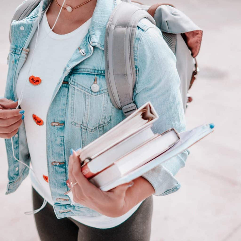 7 Back To School Must Haves That'll Save You Money In The Long Run, back to school supplies for college, ways to save money on back to school items, #backtoschool, #fallsemester, #collegetips, #savemoney