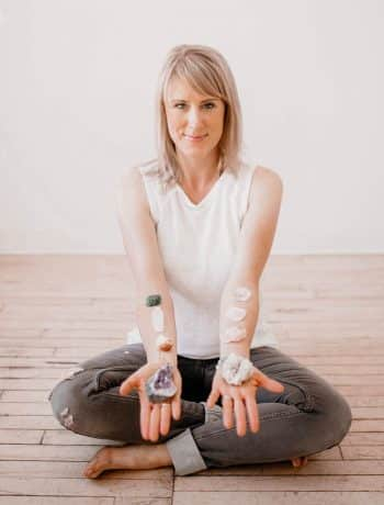 Akashic Records, Intuition, & Children with Ashley Wood, how to access past lives, spirit guides, and psychic abilities, consciousness, wisdom, #akashicrecords, #consciousness, #spirituality, #wellness, #spiritualitypodcast, #selfhelppodcast