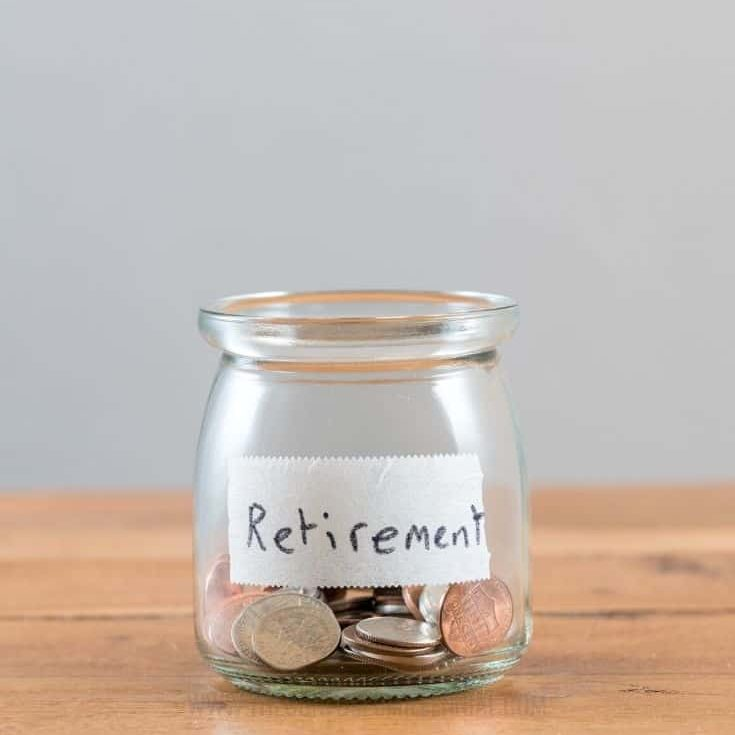 5 Things Everyone Can Learn From The FIRE Movement [+ What Everyone Is Getting Wrong About It], retire early financial independence tips, should I retire early? Reasons to consider reFIREment, tips personal finance, i want to experience financial freedom with kids, plan for saving money while work hard, tread lightly, and enjoying life, #retireearly, #earlyretirement, #firemovement