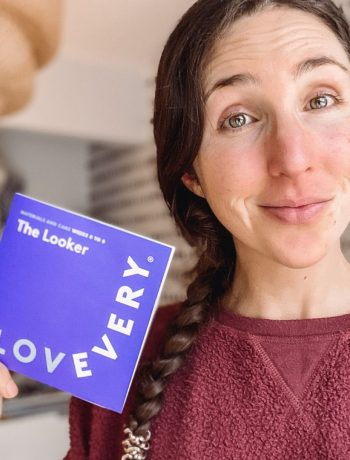 lovevery play kit review: the looker 0-8 weeks