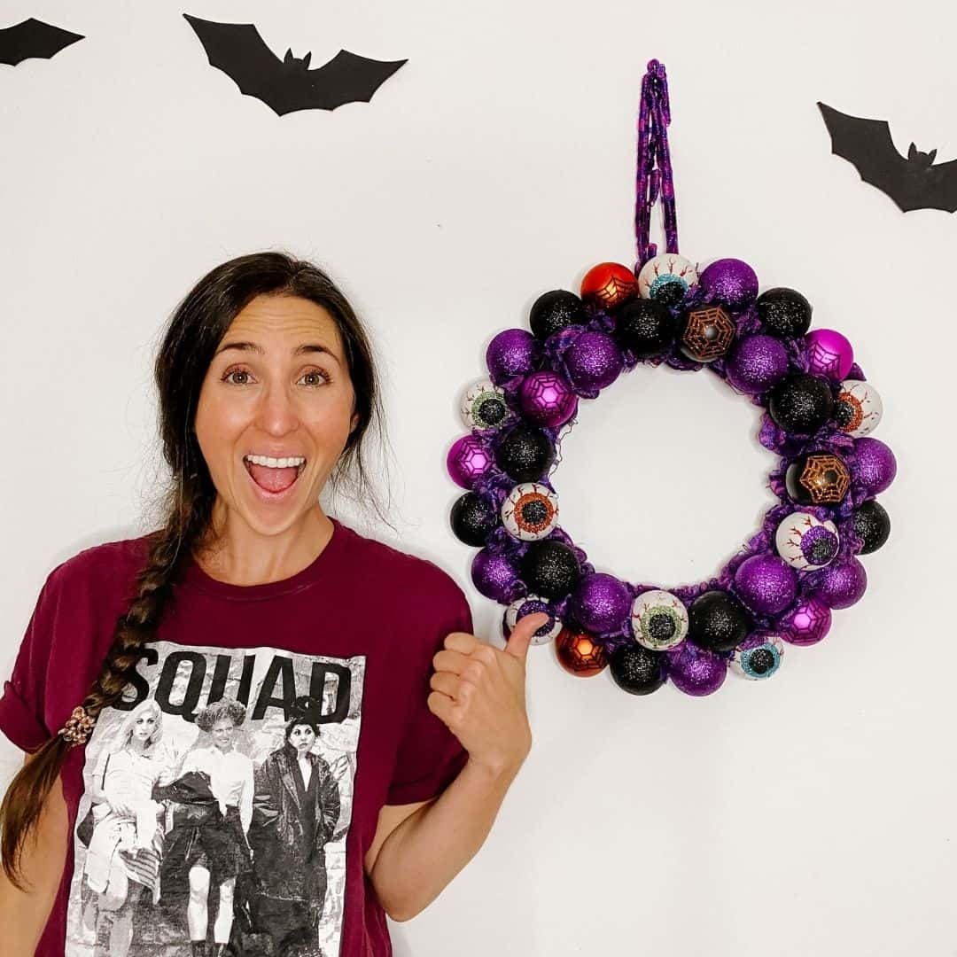 How To Make A Dollar Tree Halloween Ornament Wreath The Confused Millennial
