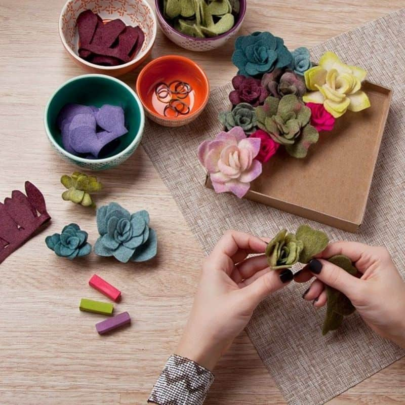 Gift Guide For Makers: Best Gifts For Craft Lovers