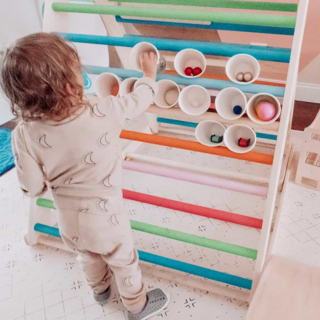 holiday toddler activity
