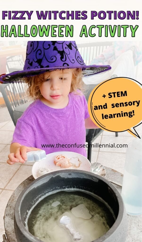 Looking for an easy Halloween sensory learning activity to do at home this Fall October? Try Fizzy Potion! The perfect indoor or outdoor Halloween STEM activity fo preschoolers!